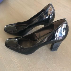Victor Alfaro Black Heels